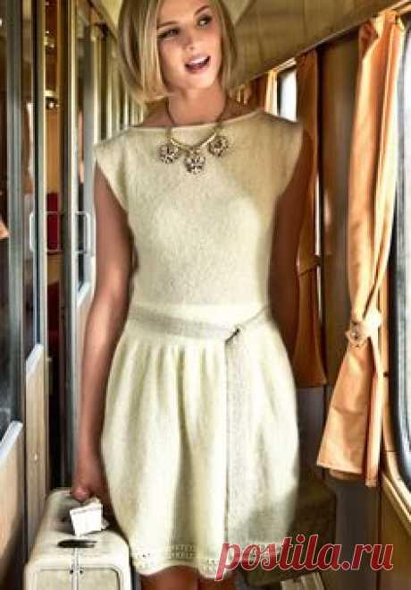 Платье с золотым пояском - схема вязания спицами. Вяжем…