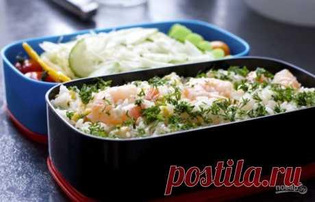 """Японский обед """"Бэнто"""". Понадобятся традиционные ингредиенты – это рис и морепродукты. Вкусное, сытное и полезное блюдо для всех."""