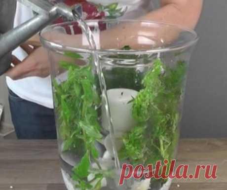 Потрясающая интерьерная ваза