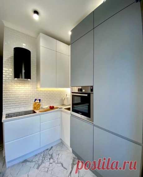 Обзор современной кухни 6 кв.м. Такое расположение я вижу первый раз.   Дорогой, у нас будет кухня!   Яндекс Дзен