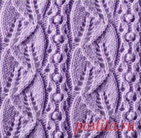 Очень красивые ажурные узоры с листочками спицами   Очень красивый ажурный узор спицами украсит легкие свитера и кардиганы.       Красивый узор и имеет простую схему вязания