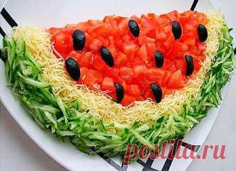 Салат «Арбуз» с пошаговыми фото - Кулинарные рецепты / Домашний ресторан