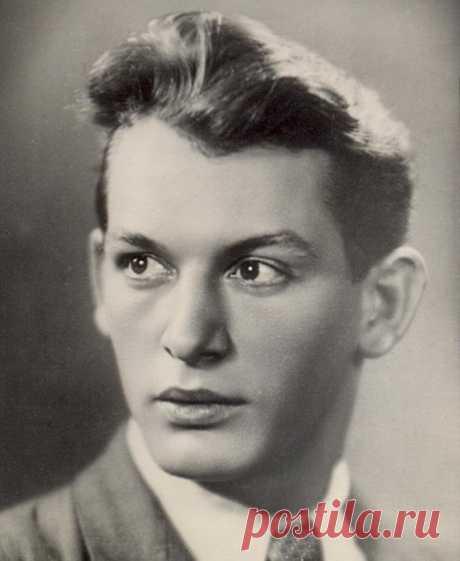 Светлая память Великому актеру Василию Лановому
