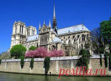 Собор Парижской Богоматери, Франция