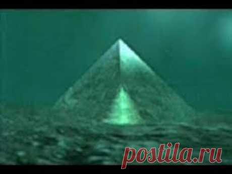 Больше пирамиды Хеопса.В Бермудском тр-ке свежие постройки из неизвестных материалов на глубине 50 м