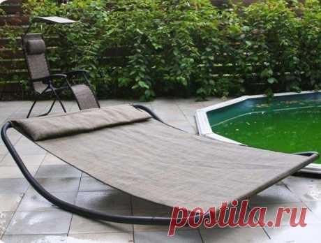 Кровать-качели для отдыха на свежем воздухе