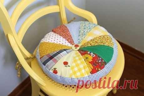 Подушка из лоскутков ткани — Сделай сам, идеи для творчества - DIY Ideas