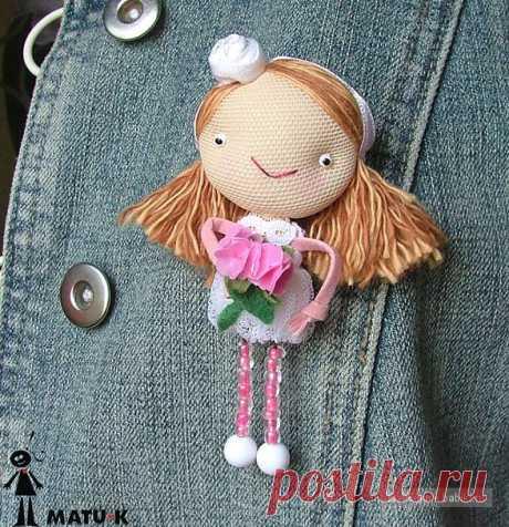 Миниатюрные авторские куколки, идеи / Авторские текстильные куклы и другие игрушки / КлуКлу. Рукоделие - бисероплетение, квиллинг, вышивка крестом, вязание