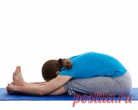 Йога для спины и позвоночника. Асаны для выздоровления и укрепления мышц Йога для укрепления позвоночника — это приятный для тела, доступный и эффективный способ восстановления здоровья спины. Однако многие из нас часто воспринимают дискомфортные ощущения в шее или поясниц...