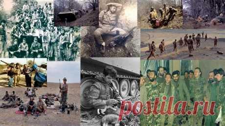 Ավելին, քան նկար...  Արցախ. պատերազմի պատմություն Ինձ թվում է, որ զինվորները այն, Ովքեր մարտերից չեն վերադարձել, Ոչ թե ննջում են մեր հողում նրանք, Այլ ճերմակ-ճերմա՜կ կռունկ են դարձել: Եվ մենք քայլում ենք, քայլում այն ճանապարհով, որի երաշխավորը հենց այս քաջերն են...Այն ազգը, որ պարելով է գնում պատերազմ, միշտ էլ հաղթանակած է վերադառնում: Հաղթանակները հեշտ չեն տրվում:Մարտակերտ, 1993թ. 1993... հոկտեմբեր... Մարտունի