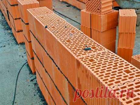 Преимущества керамических блоков | Домовой | Дизайн интерьера и ремонт Долгое время строители мечтали о появлении кирпича, из которого можно было бы сделать однослойную стену. Такой кирпич появился и имя