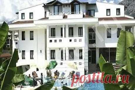 Rosarium Hotel   Кемер Расположение отеля прекрасно подходит как для бизнесменов, так и для туристов. Для комфорта постояльцев во всех номерах отеля предоставлены удобства, ожидаемые от отеля этого класса.... HB   от 29 431 р