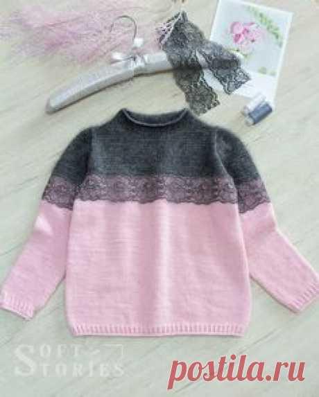 """Тут много вязания on Instagram: """"Привет! Закончила новую модель свитера, довольна 🔥- не то слово! Классическое сочетание цветов, дополнительный декор из изящного кружева и…"""""""