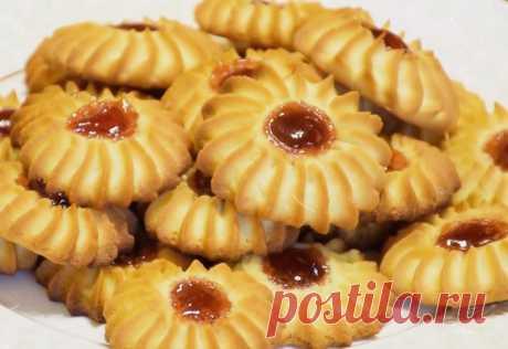 Рассыпчатое песочное печенье Курабье Это вкусное печенье называется Курабье Бакинское. Печенье очень вкусное, прямо тает во...