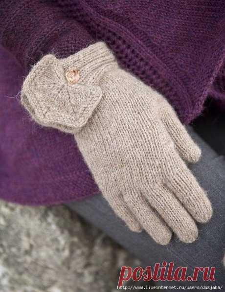 Перчатки  Единый размер. На окружность руки 20 см.