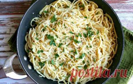 Самая вкусная паста за считаные минуты: итальянский ужин в сковороде.
