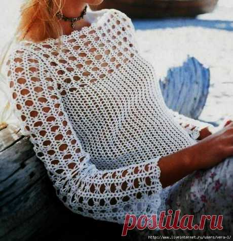 Нежный белый пуловер крючком