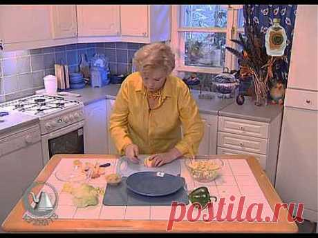 ▶ Салат из куриной грудки - YouTube