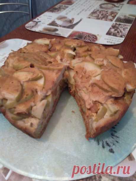 (2) Пирог яблочный со сметанной заливкой