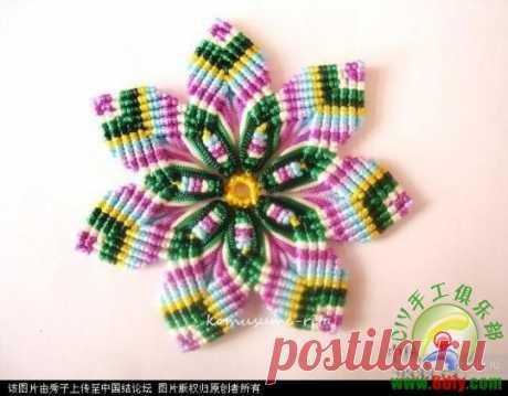Photo a master class - a flower in equipment of a macrame \/ Macrame, the scheme of weaving for beginners, a photo, product \/ Kluklu. Needlework - beadwork, a kvilling, an embroidery a cross, knitting