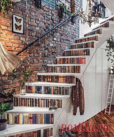 Вот это лестница 😱 Интересная дизайнерская задумка.