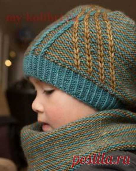 We knit a simple hat spokes for the child since the yarn remains: the scheme and the description on the Humming-bird. It is recommended to knit it from a wool yarn. Then you receive not only beautiful, but also very warm thing in which it is possible to go in the spring, in the fall and in the winter.