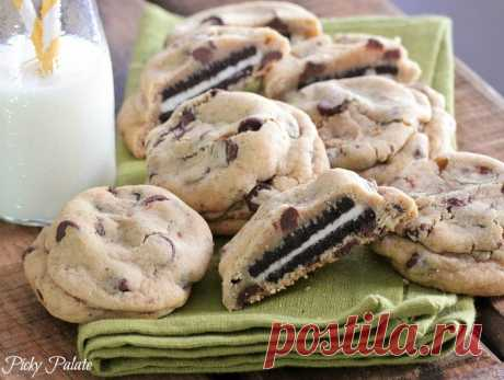 How to Make Oreo Stuffed Chocolate Chip Cookies - Cooking - Handimania