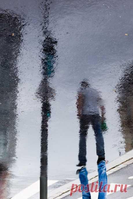 Рисунки дождя на асфальте