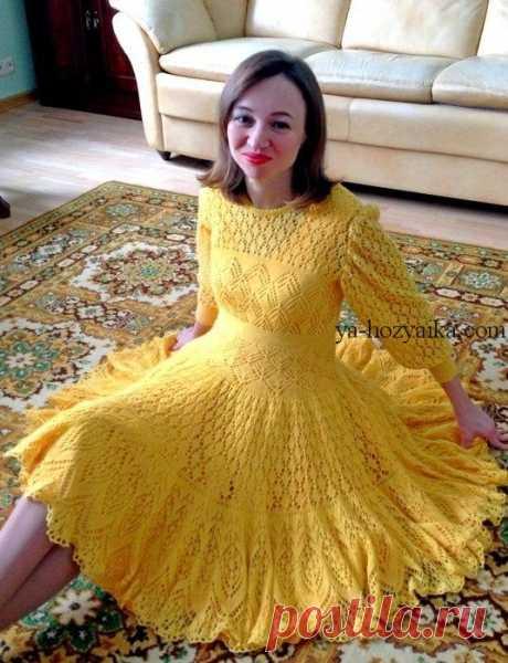 Нарядное ажурное платье спицами.Юбка солнце-клеш вязаная спицами Нарядное ажурное платье прекрасно подойдет для любого праздника.Вязаное платье спицами с юбкой - солнцем. Схемы прилагаются.