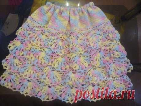 Вязаная юбка для девочки. Работа Татьяны