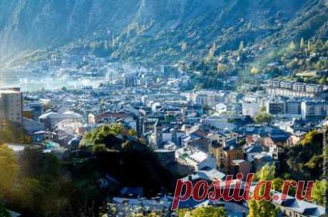 Андорра и Андорра-ла-Велья: достопримечательности, что посмотреть Княжество Андорра со столицей Андорра-ла-Велья, достопримечательности, что посмотреть туристу, погода, Андорра на карте, как добраться, горнолыжный курорт, отели.