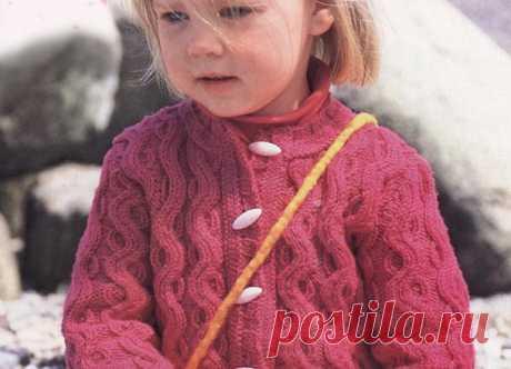 Жакет рельефным узором для девочки — Попкорн — детское вязание спицами и крючком