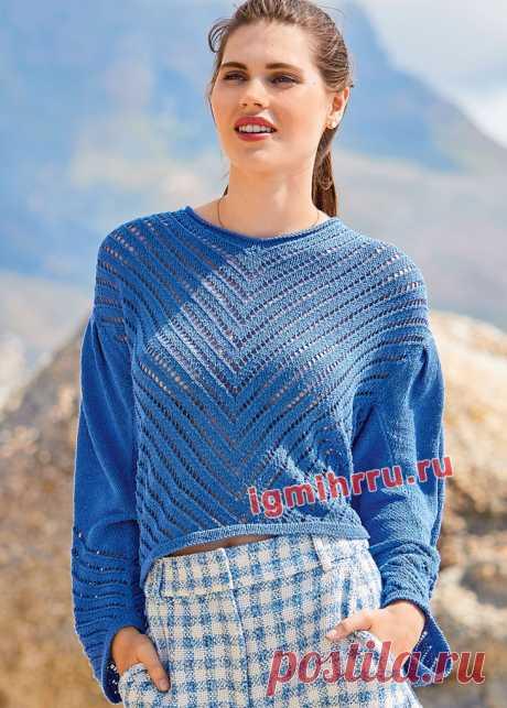 Шелковый пуловер с диагональными ажурными узорами. Вязание спицами со схемами и описанием
