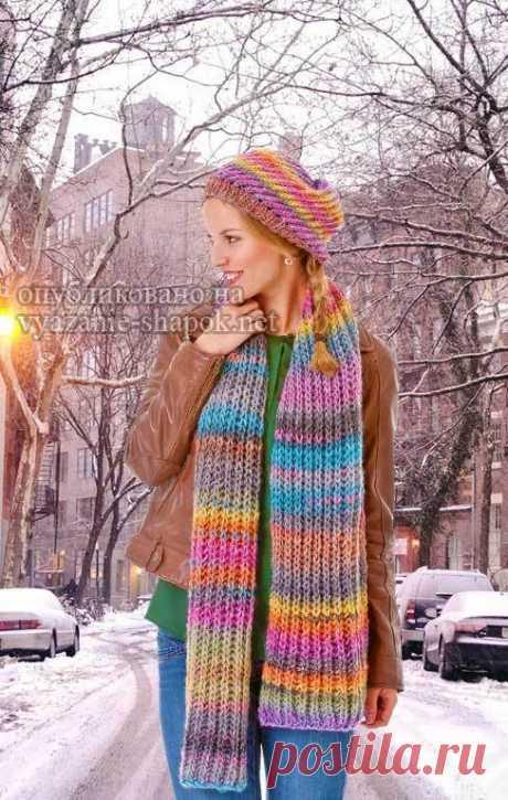 Комплект спицами шапка и шарф для ярких женщин | Вязание Шапок - Модные и Новые Модели