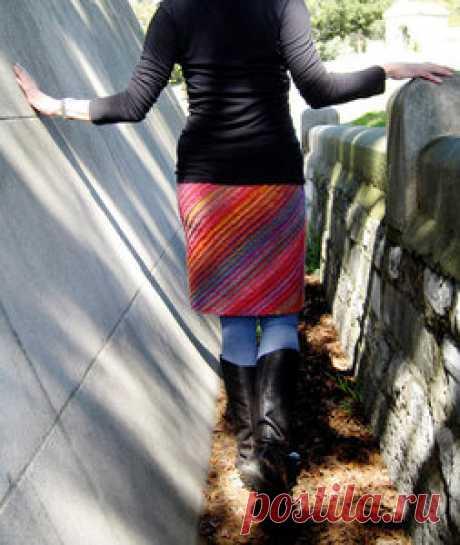 Фейерверк красок - полосатая юбка спицами за два дня