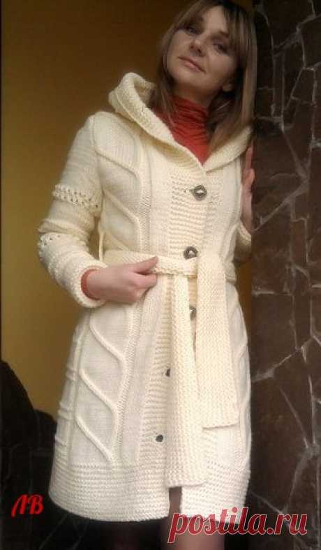 Женский кардиган и мужской пуловер вязанные спицами оригинальными узорами  Нежный кардиган для стильных дам      Красивый мужской пуловер    источник