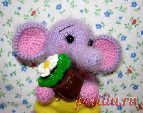 Вязаный слоник  Для наших рукодельниц!