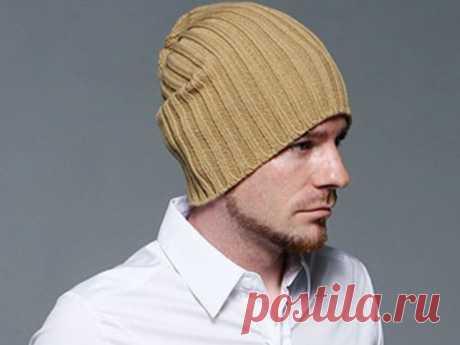 Мужская шапка бини спицами (схема с описанием) Шапка бини мужская спицами - двойной резинкой, с отворотом,с укороченными петлями. Мастер-класс для начинающих. Шапка Бекхэма на спицах простой вязкой.