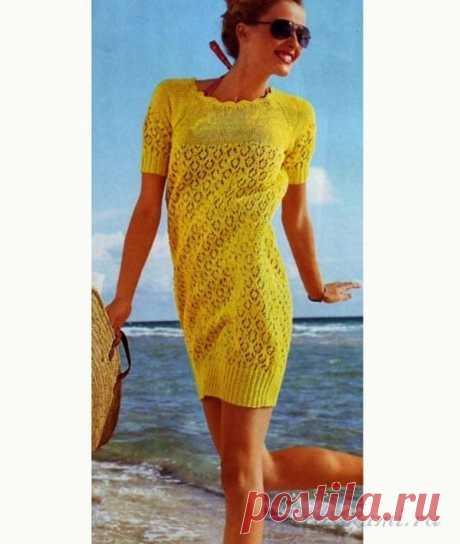Красивое желтое платье вязаное спицами описание и схема по ссылке:     https://ru4kami.ru/vyazhem-odezhdu/771-plate-spicami.html