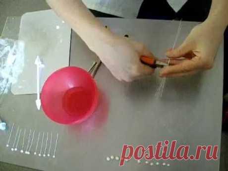 ▶ Украшение тортов мастикой. Цветок ландыша - YouTube