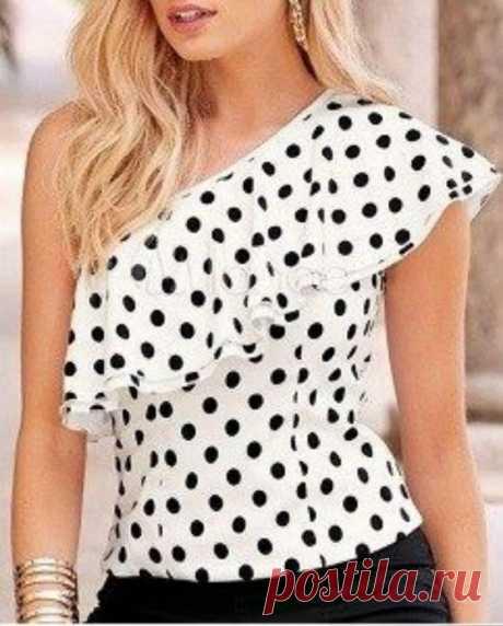 Блузка с воланом на одно плечо. Выкройка на все размеры