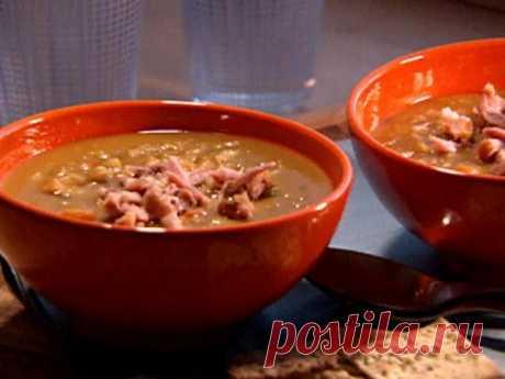 👌 Наваристый гороховый суп с рулькой, рецепты с фото Предлагаем сегодня приготовить очень вкусный гороховый суп с копчёностями. Но в качестве копчёностей в этот раз мы возьмём не рёбра, а рульку. Суп получится наваристый, ароматный и...