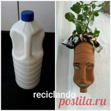 Пластиковым канистрам можно дать вторую жизнь, сохранив землю от загрязнений. Можно сделать вот такие креативные кашпо!