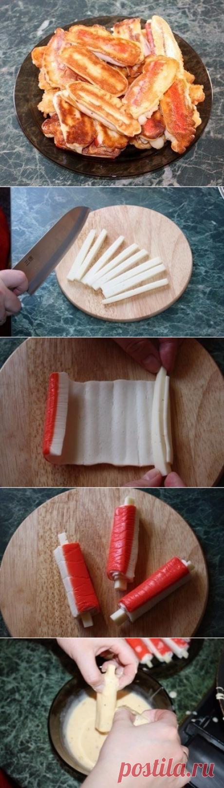 Las varitas de centolla en el rebozo con el queso