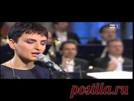 Arisa in Halleluja di Leonard Cohen. Live con Orchestra - YouTube