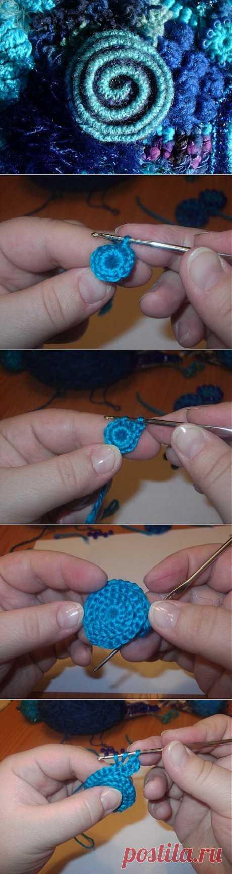 Вязание элемента в технике фриформ - двухуровневая спираль - роза....