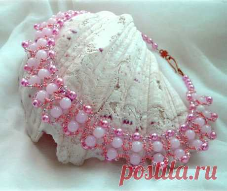 Free pattern for beaded necklace Pink Tenderness   Beads Magic