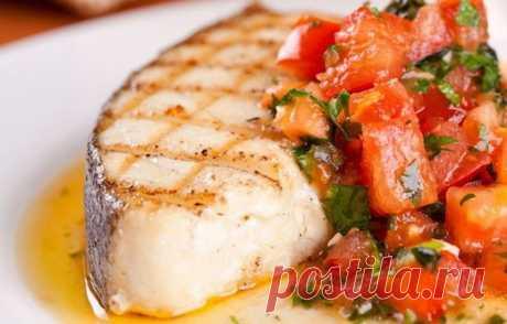 10 рыбных рецептов: запекаем, тушим и маринуем