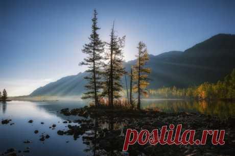 Озеро Олон-Нур, Алтай. Автор фото — Константин Пинигин: nat-geo.ru/photo/user/295852/
