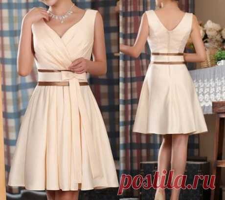 Изящное платье с прекрасным вырезом + выкройки на все размеры